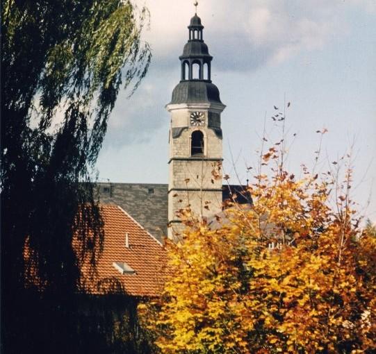 kirche_herbst